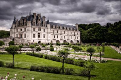 Chateau_de_Chenonceau_in_France__Photography_by_Michael_Cohen_2014