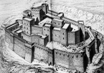 Crac_des_Chevaliers_destroyed_by_gunfire_-_Talkalakh_Syria
